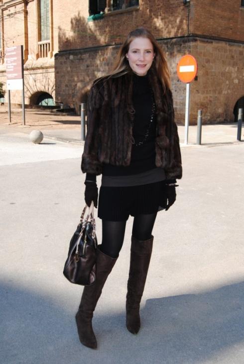 Le manteau en écureuil, teinture imitation vison.