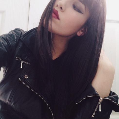 Vanessa, brunette Sala