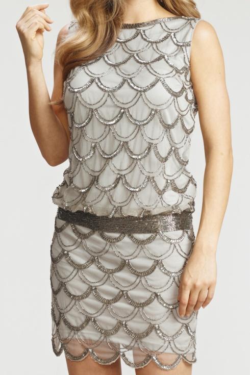 Mon grand coup de coeur de la soirée, la robe à paillettes d'inspiration années 20!