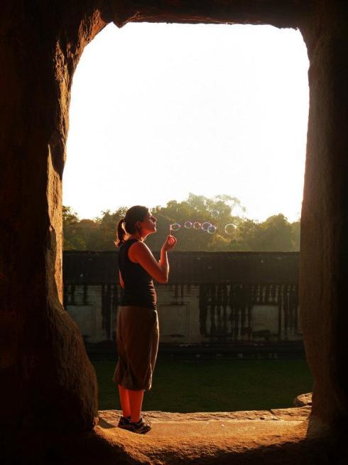 Bulles de savon à Angkor Wat