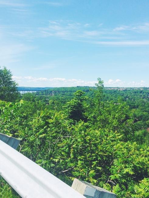 À côté de la maison, une piste cyclable au plus beau paysage #CapRouge