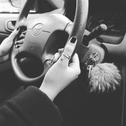 Véronique - Avec permis de conduire!