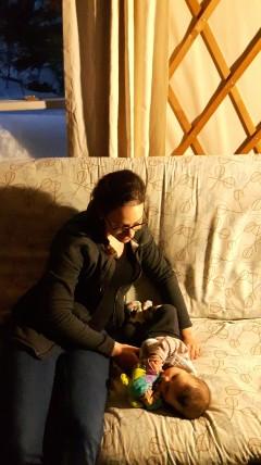 Du camping hivernal avec un bébé de 4 mois...pourquoi pas? Crédit: Eric Robitaille